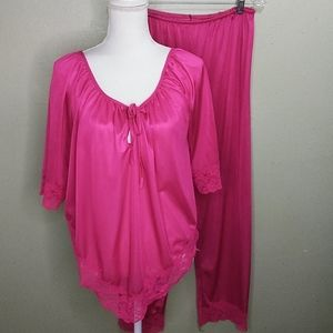 Vintage Lace Trimmed Silky Lounging Pajamas L
